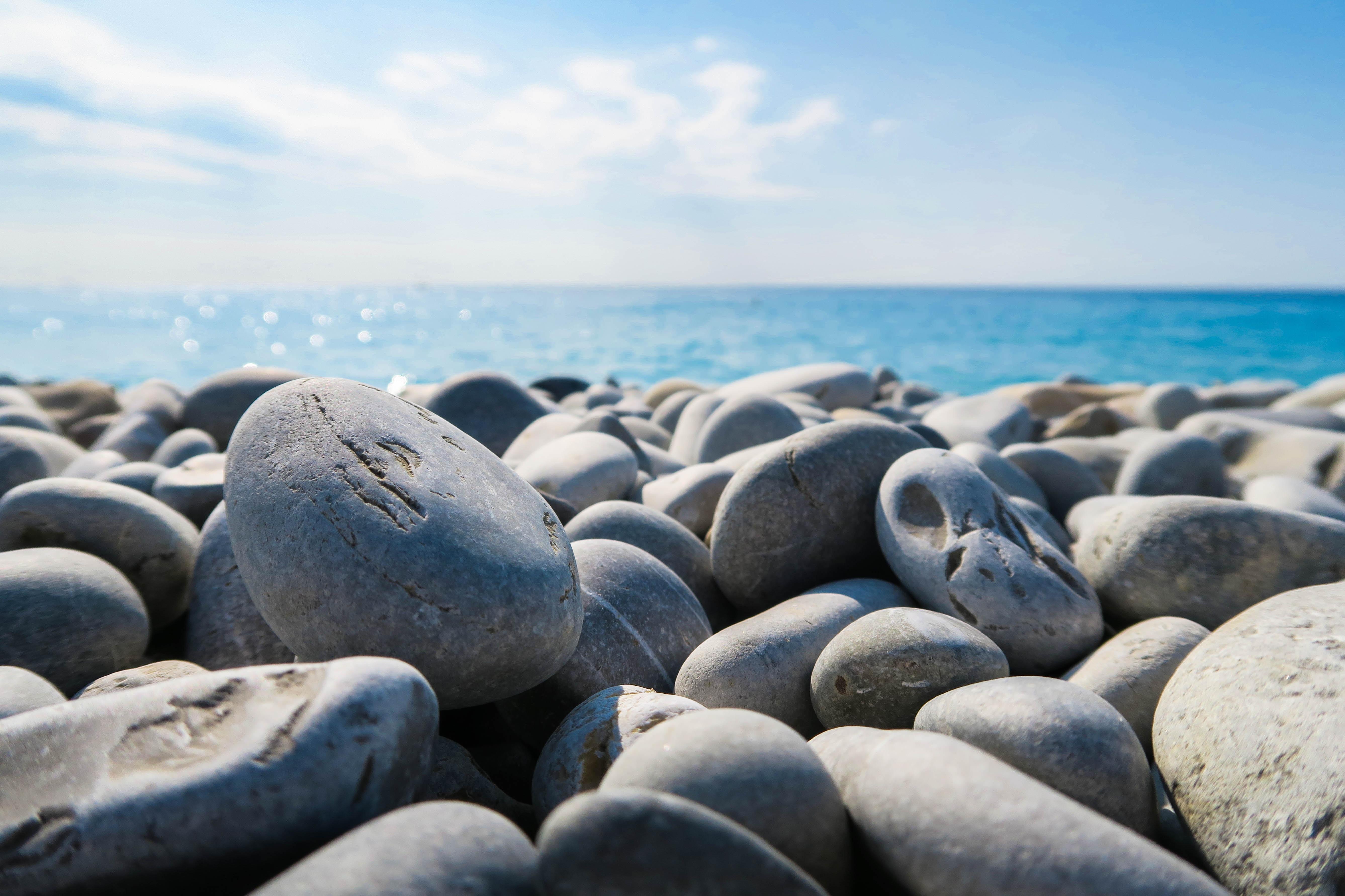 Stenen boven piet